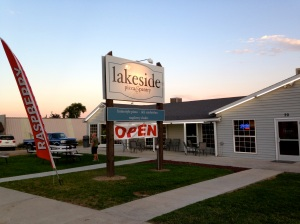 Lakeside_Pizza